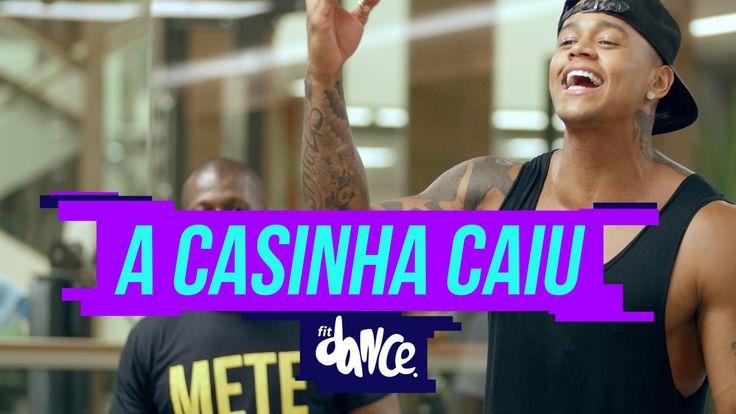"""Vídeo Ensinando está linda coreografia do sucesso do Léo Santana, a música """"A Casinha Caiu"""" e entre no clima do Pagode Baiano para arrebentar nas baladas."""