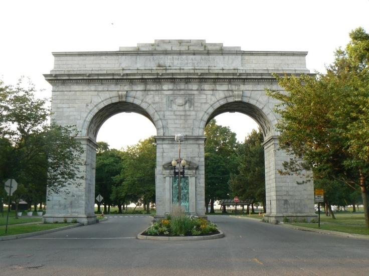 Bridgeport, Connecticut ##Archway entrance to Seaside Park
