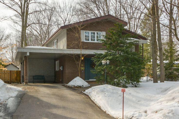 Maison à étages à vendre 30 Ch. de Ronchamp Lorraine, Laval--Rive-Nord