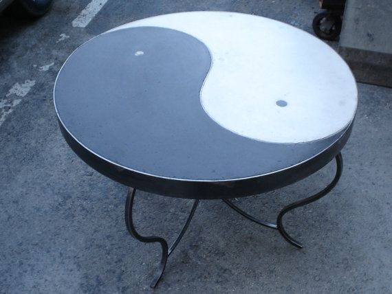 22 best ideas about yin yang table on pinterest coffee for Table yin yang basse