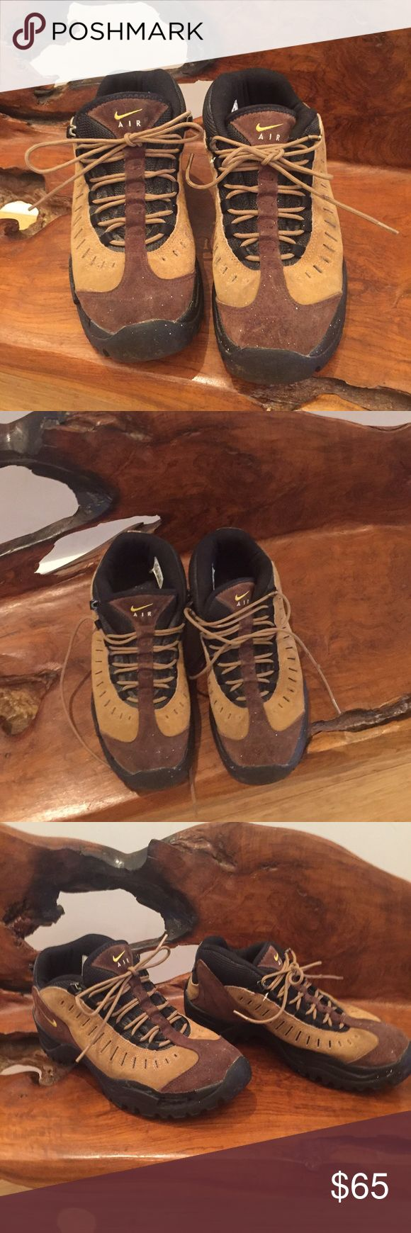 Nike Air Brown/Tan Men's Shoes size 10.5 Nike Air Brown/Tan/Black Men's Shoes size 10.5. They are priced low due to some light paint splatter shown in pics. Otherwise I'm great Condition. Not noticeable at a distance or would be great work shoes! Soles are flawless as you can see! Bundle and Save $$$ Nike Shoes