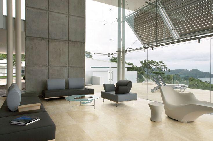 APAVISA Beton beige. In 1 cm Stärke für den Innenbereich, in 2 cm Stärke für den Außenbereich.