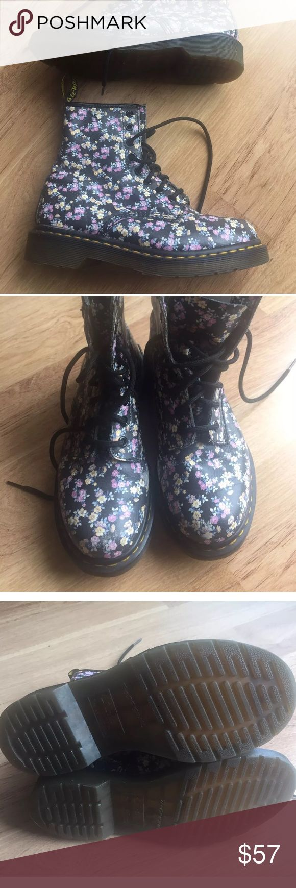 Dr. Martens Floral Delaney Purple Boots 37 US 6 NO TRADES OR LOWBALLERS, please. Very good condition, minor scuffing on toes. Fits size 6 womens. Dr. Martens Shoes Lace Up Boots