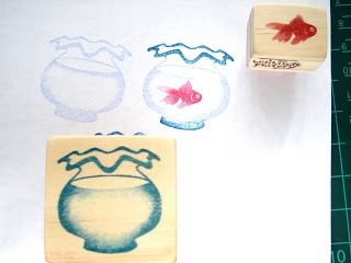 Sellos tallados a mano: pez y pecera   -   Hand Carved Stamp: Goldfish in a Bowl