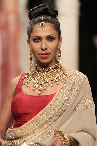 the chowkar neck piece is to die for