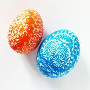 "Pisanki - eggs made in Poland by folk artist from Opole. Method of decoration is scratching. In polish ""kraszanka""."