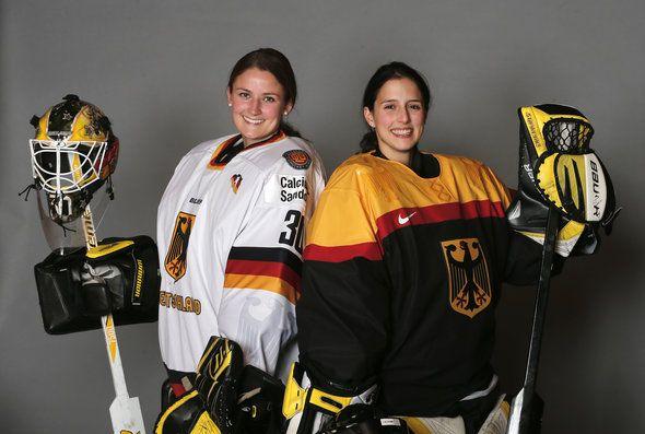 2014 German Olympic Goalies Jennifer Harss (left) and Viona Harrer