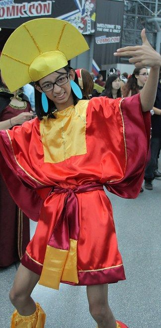 Emperor Kuzco from The Emperor's New Groove   16 Truly Magical Disney Cosplays