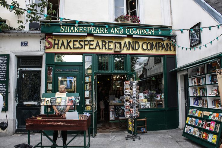 Shakespeare & Company has an exceptionally interesting history!