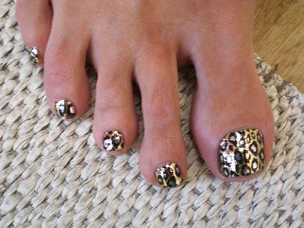 cheetah pedicure design 23 Cute Pedicure Designs for You