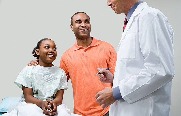 Si eres extranjero, la ley te obliga a tener un seguro médico