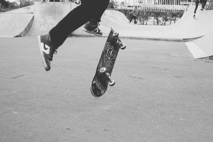 Fotos gratis : en blanco y negro, patineta, Skateboarding, vehículo, monocromo, deporte extremo, equipo deportivo, Longboard, Deportes, calzado, Fotografía monocroma, Equipos y suministros de skate, Tabla de surf, Deporte de ciclo, Bicicleta motocross, Freestyle bmx 4368x2912 - - 149387 - Imagenes gratis - PxHere