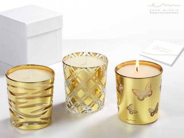 Candele al profumo di gelsomino in contenitore di cristallo pennellato con oro