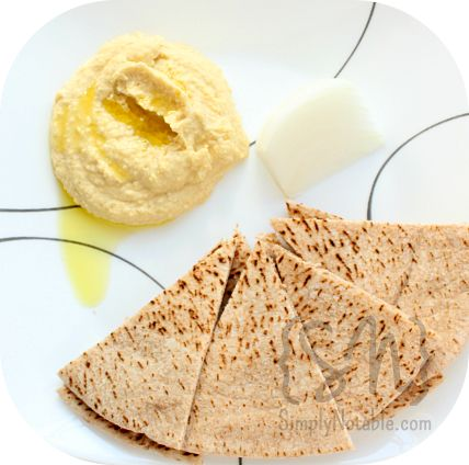 best hummus recipe! and so easy to make!