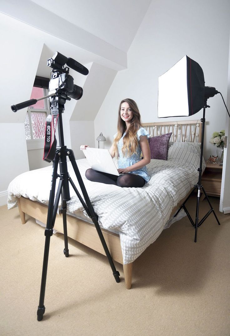 Stylist Magazine Feature: MEET THE YOUNG WOMEN TAKING OVER THE INTERNET AND MAKING A LIVING FROM YOUTUBE  Pic: Zoe Sugg, aka Zoella, working from home