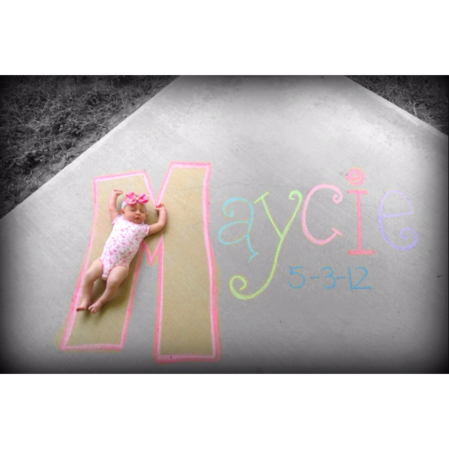 I wish it was warmer outside so I could do this...Newborn Sidewalk Chalk Picture
