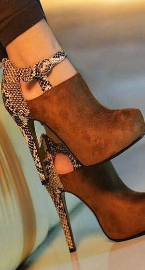 Gorgeous high heeled brown shoes. Fall shoes trends 2015