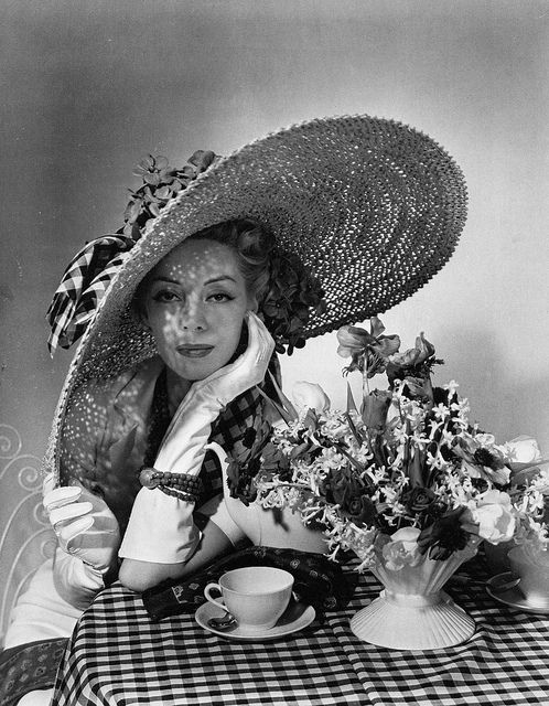 An incredibly gorgeous photograph that was used on a 1936 Vogue magazine cover.  #vintage #fashion #1930s #Vogue #hat