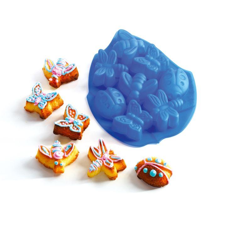 Avec ce moule, vos gâteaux prennent la forme d'insectes pour amuser les petits gourmands.