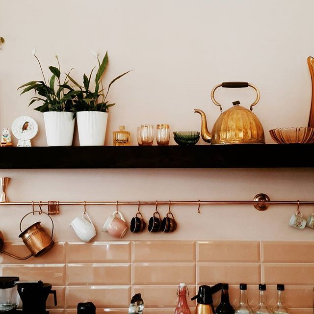 This could be my kitchen 😍   Breakfasts with friends are Cracow's tradition. Would be such a waste to stay in the city without visiting one of the #cracowbreakfastspots