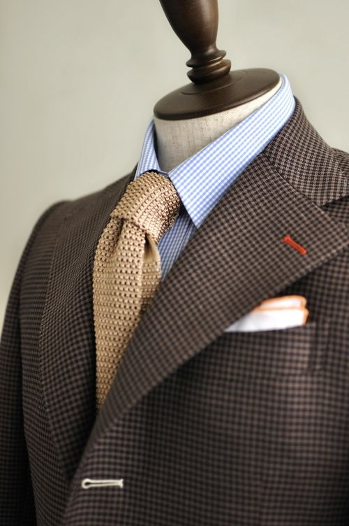 Business is business. Love everything about this. Blue, gold, and orange patterned accents.