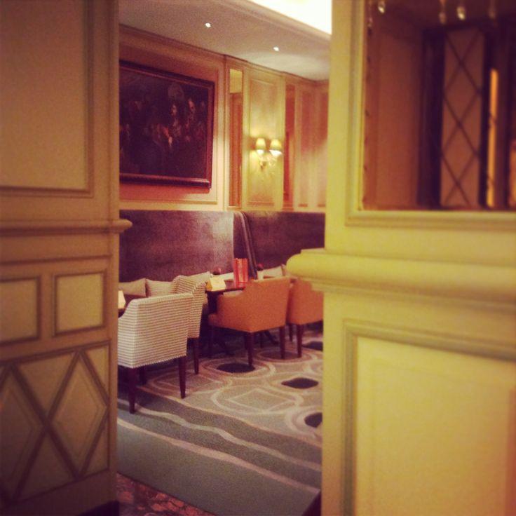 Il Salotto Lobby Lounge at Hotel Principe di Savoia