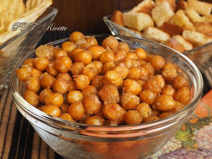 Snack di ceci croccanti al rosmarino, uno snack fatto in casa!  #snack #salato #ceci #rosmarino #ricetta #recipe #italianfood #italianrecipe #PTTRicette