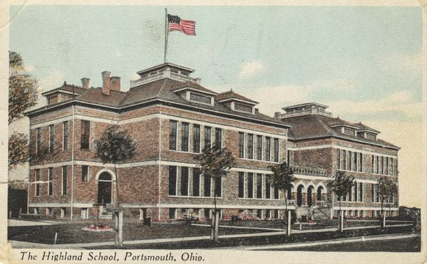 The original Highland Elementary was built on Hutchins Street across from the present Mound Park. Two buildings made up the school. The first was built in 1902 and faced north. The second was built in 1907 at the cost of over $33,000.  In 1956, the old buildings were razed when the new Highland Elementary was built on the old playground area.