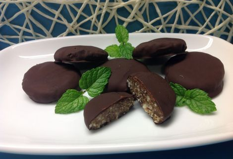 Fast Paleo » No bake chocolate mint cookies - Paleo Recipe Sharing Site