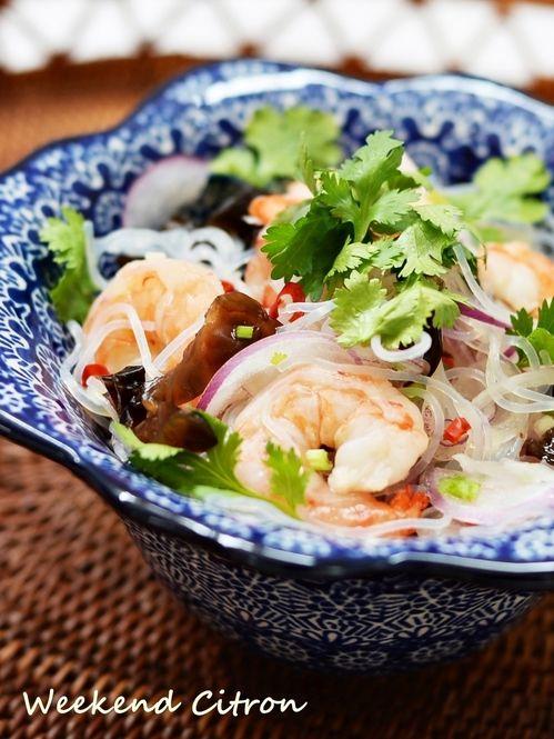 近年高まり続けている、タイ料理ブーム。ピリッと辛いスパイシーな味付けが美味しいですよね。そんなタイ料理がおうちで簡単に作れちゃいます♡