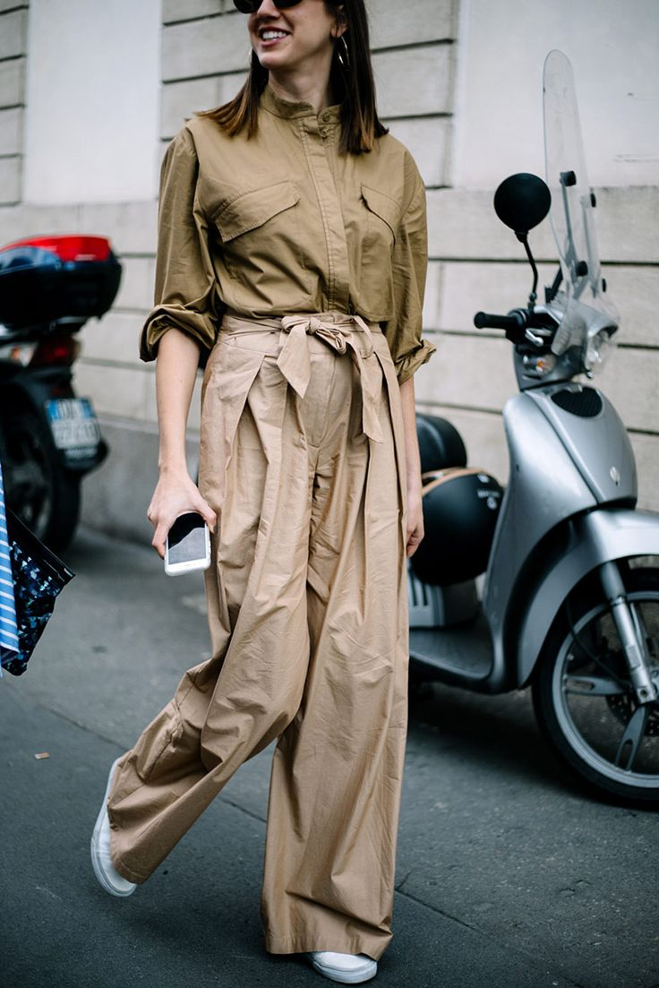 Street Style : clean look utility shirt paired with loose fit pants || Saved by Gabby Fincham ||