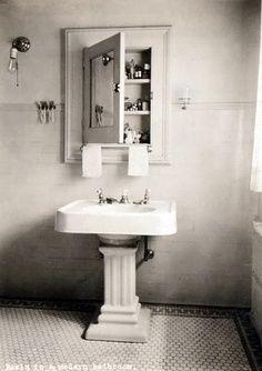 Authentic 1920s powder room