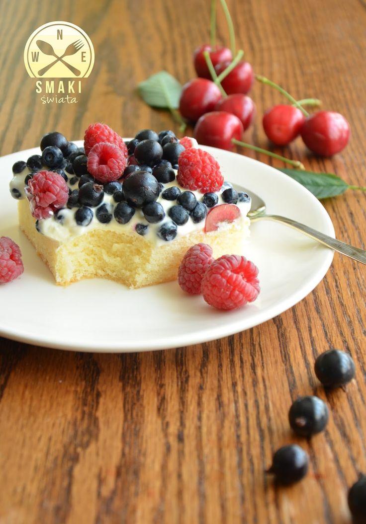 Smaki Świata: Biszkopt z kremem mascarpone i owocami