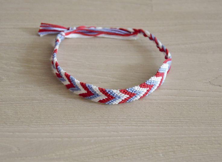 bracelet, bleu blanc rouge, chevron : Bracelet par planete-b-bijoux