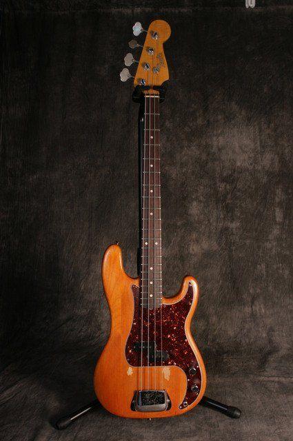 Fender P Bass Precision 1965 vintage bass guitar