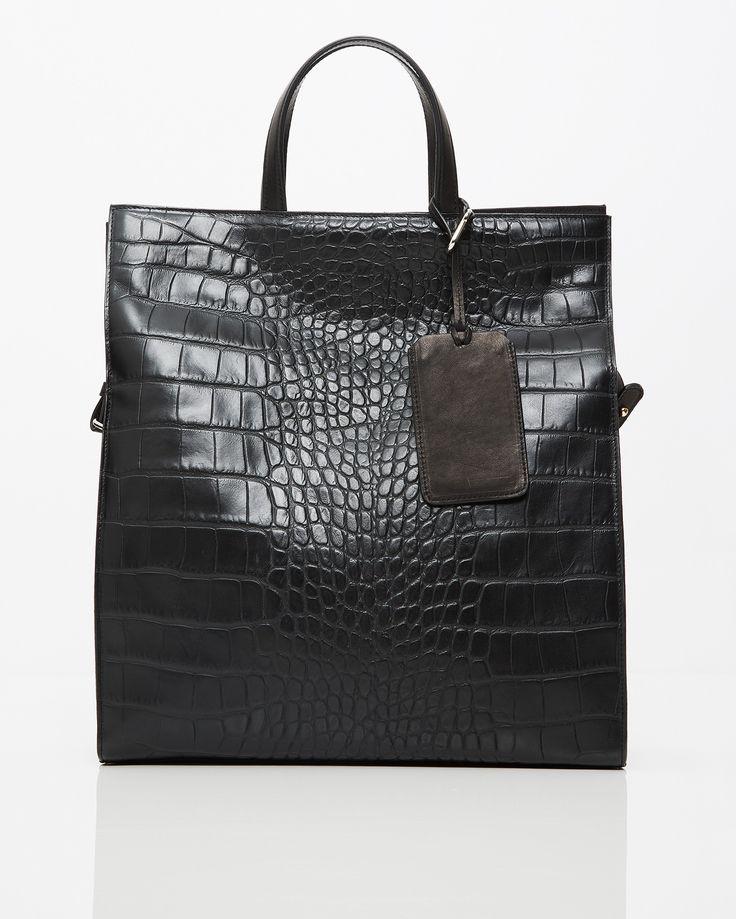 Shoppa noga utvalda handväskor online från bl.a. See by Chloé, Zadig & Voltaire, Coach, Marni, 3.1 Phillip Lim och Acne Studios. Alltid fria byten!