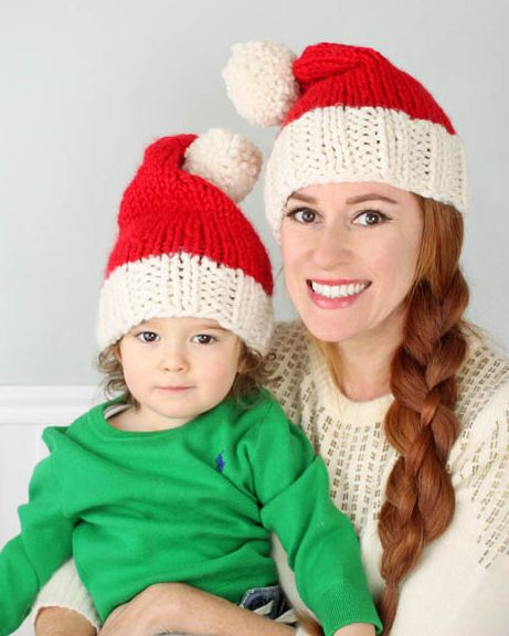 DIY Santa Hat Pattern | This hat is the perfect festive addition to your holiday!