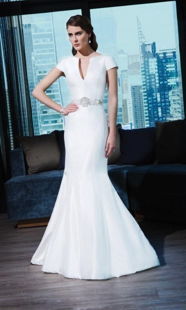 Свадебные платья оригинальные - http://1svadebnoeplate.ru/svadebnye-platja-originalnye-2522/ #свадьба #платье #свадебноеплатье #торжество #невеста