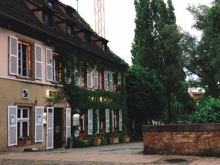 random restaurant in Strasbourg | yummyuumi | VSCO Grid