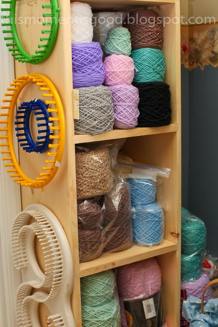 YARN ORGANIZATION...love the nails for the looms