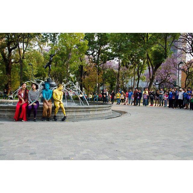 Haber danzado en LA ALAMEDA CENTRAL // Corazón de la #CDMX fue un HONOR... Inspirarse en sentir el latir de su gente, el tránsito, el vaivén de policías, ah! Una delicia danzar su arquitectura y espacio urbano!! #MexicoDF #MexicoDF #MEXTRÓPOLI #danza #dancer #paisajedf #paisajedfeño #país #orgullo #instagod #BellasArtes #danza #AlamedaCentral #ARQDANCE  Foto// Alejandro Resendiz