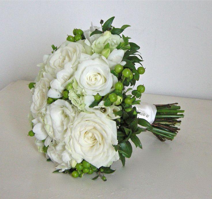 Green Wedding Bouquets Lisianthus Flowers | Wedding Photos - Pictures by WeddingsofJoy.com