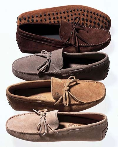pg 181: Agnelli's positive feedback inspired Diego Della Valle to establish a shoemaking company, which he named Tod's. The driving shoe became a classic in the shoe business.
