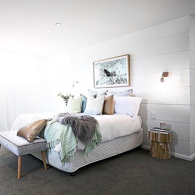 Master Bedroom reveal for Three Birds Renovations 4th house reveal Ohh, and that gorgeous looking bedside table happens to be our little beauty #hamptonsathomesydney #hamptonsathome #hamptonsstyle #happiness #threebirdsrenovations #renovations #bedroom #bedsidetable #masterbedroom #uniqwa #klop