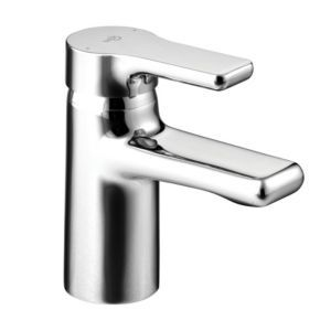Ideal Standard Attitude Chrome Bath Mixer Tap Ideal Standard Attitude Chrome Bath Mixer Tap.This bath mixer tap from Ideal Standard is suitable for all baths with high and low pressure water systems. (Barcode EAN=4015413313612) http://www.MightGet.com/january-2017-13/ideal-standard-attitude-chrome-bath-mixer-tap.asp