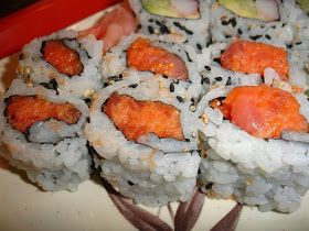 Spicy Tuna Roll Recipe - so craving Sushi right now..I'm ready to shovel out my entire area to get some! lol