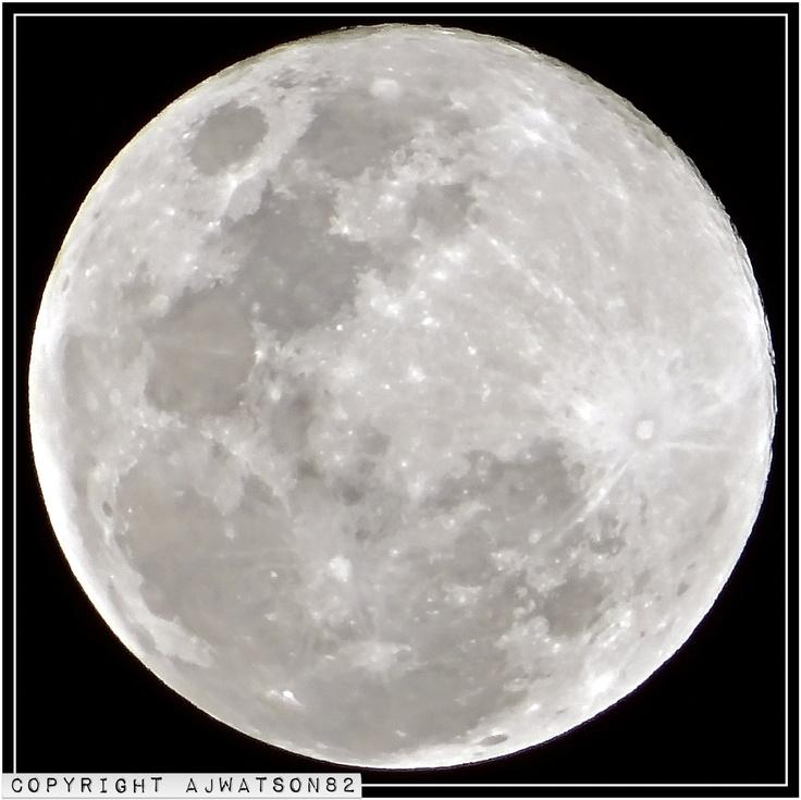 Moon over Brisbane