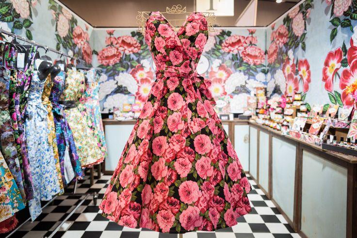fifties fashion and homewares http://vivalabody.com/