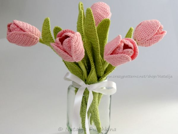 Häkelanleitung für immer frischen Blumenstrauß mit Tulpen