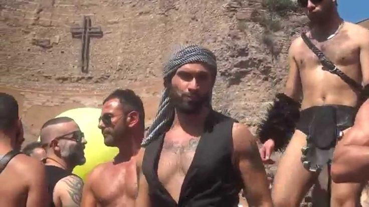 Gay Pride 2014 Parade in Rome - Gorillas Party Video